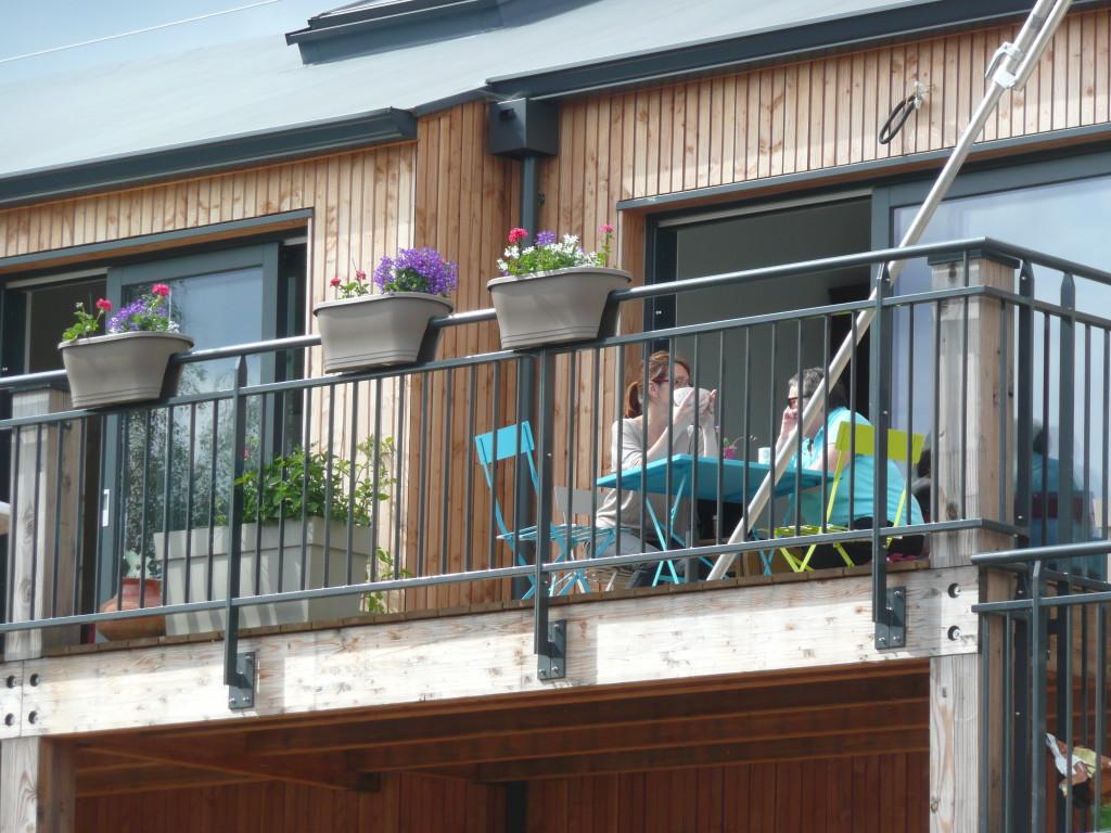 on profite de la terrasse